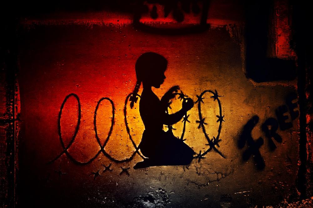 02/2019 - Betlemme - 05/2019 Soggetto ripreso: Graffiti / Street Art - Artista Cakes Stencils